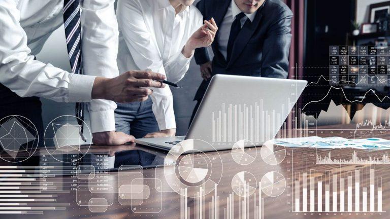 פגישת עסקים - ביטוח עסקי