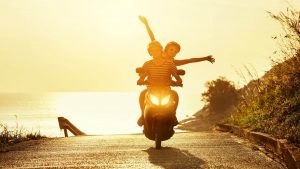 רוכבי קטנוע - ביטוח רכב דו גלגלי